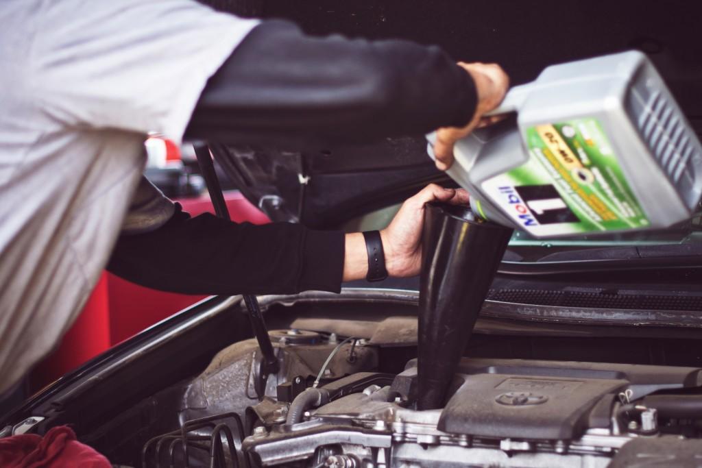 Mootoriõli ja -filtrite vahetus